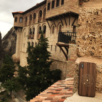 iPhone X cover in walnut with solar design, in Meteora.