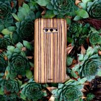 Samsung Galaxy S10e zebrawood