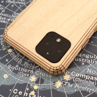 Toast Pixel 4 wood cover in maple.
