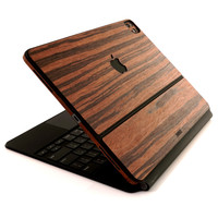 Toast wood cover for Magic Keyboard in rosewood.
