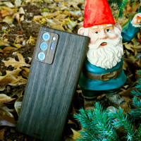 Toast wood cover for Samsung Note20 Ultra in ebony, with gnome.