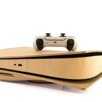 Toast wood cover for Sony Playstation 5 in maple.