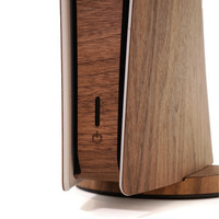 PS5 Digital Toast cover in walnut, detail shot