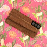Walnut real wood Samsung Galaxy S21 skin.
