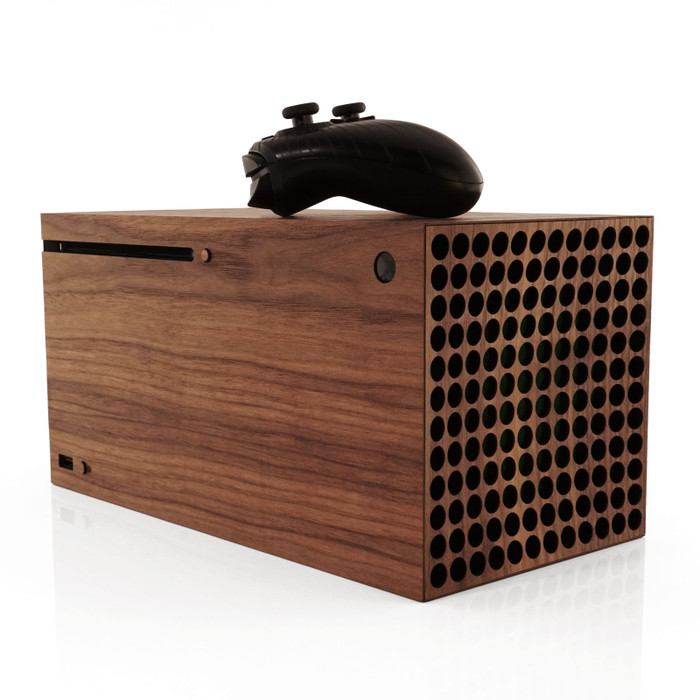 Toast wood cover for Xbox Series X in walnut.