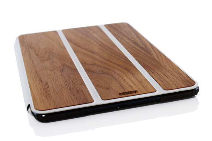 Smart Cover / Keyboard Walnut