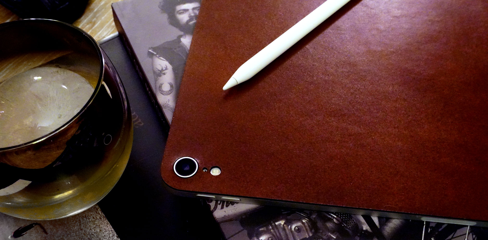 ipad-pro-12-3rd-gen-leather-moto.jpg