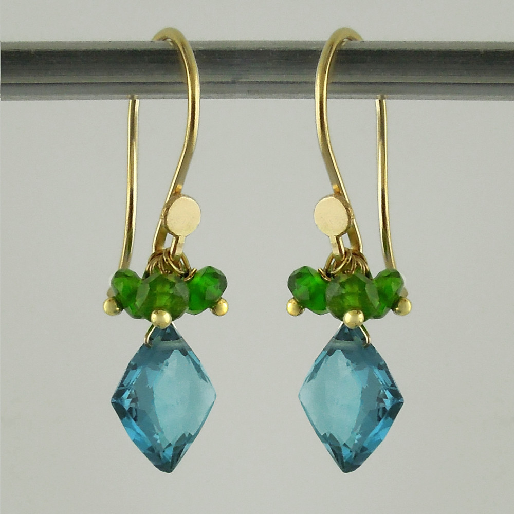 pop tops - london blue topaz/chrome diopside 18kt ER (limited)