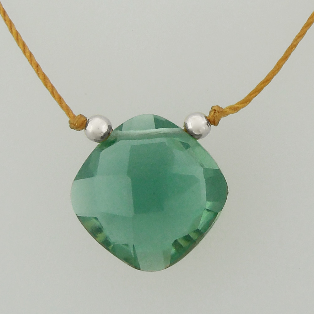 solo cushion - green quartz 4c