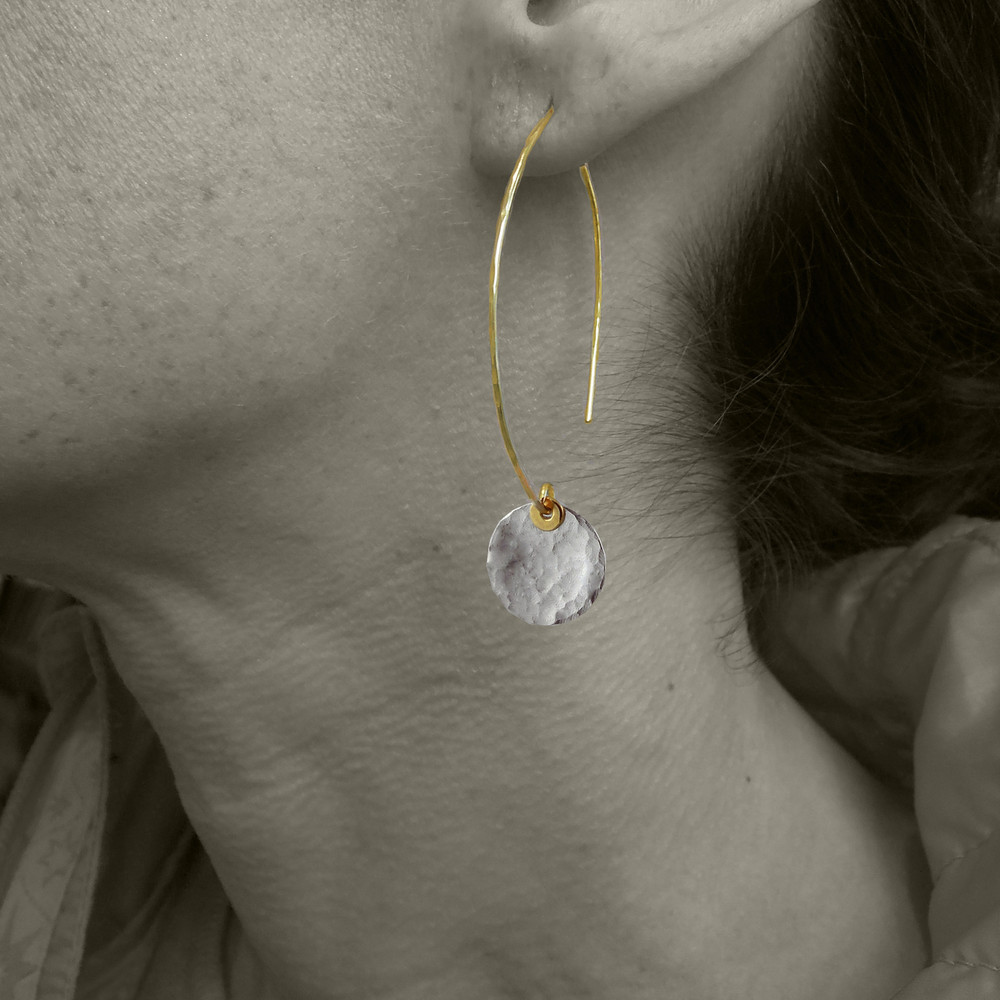 MODEL IS WEARING STERLING PEBBLE DISQUETTE  WITH 14KT GF EAR WIRE, FOR SIZE REFERENCE