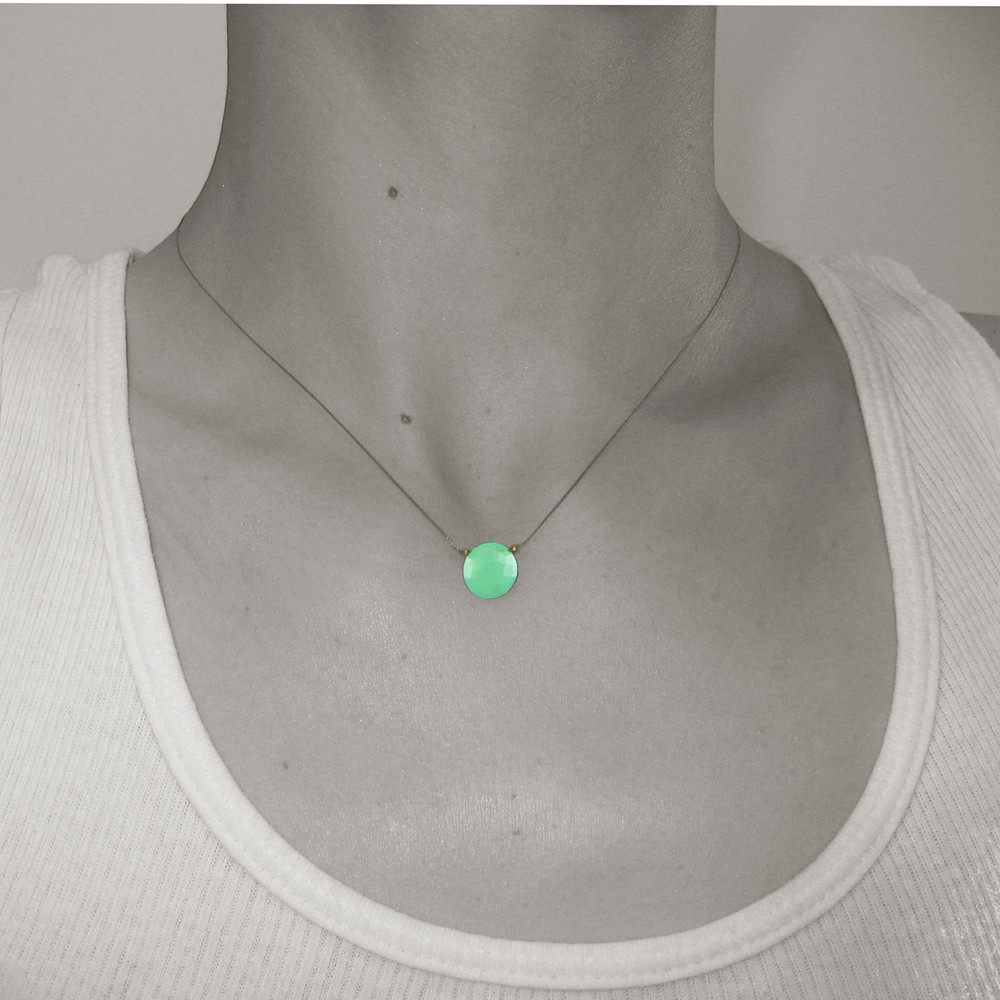 solo luxe coin - natural chrysoprase 10mm