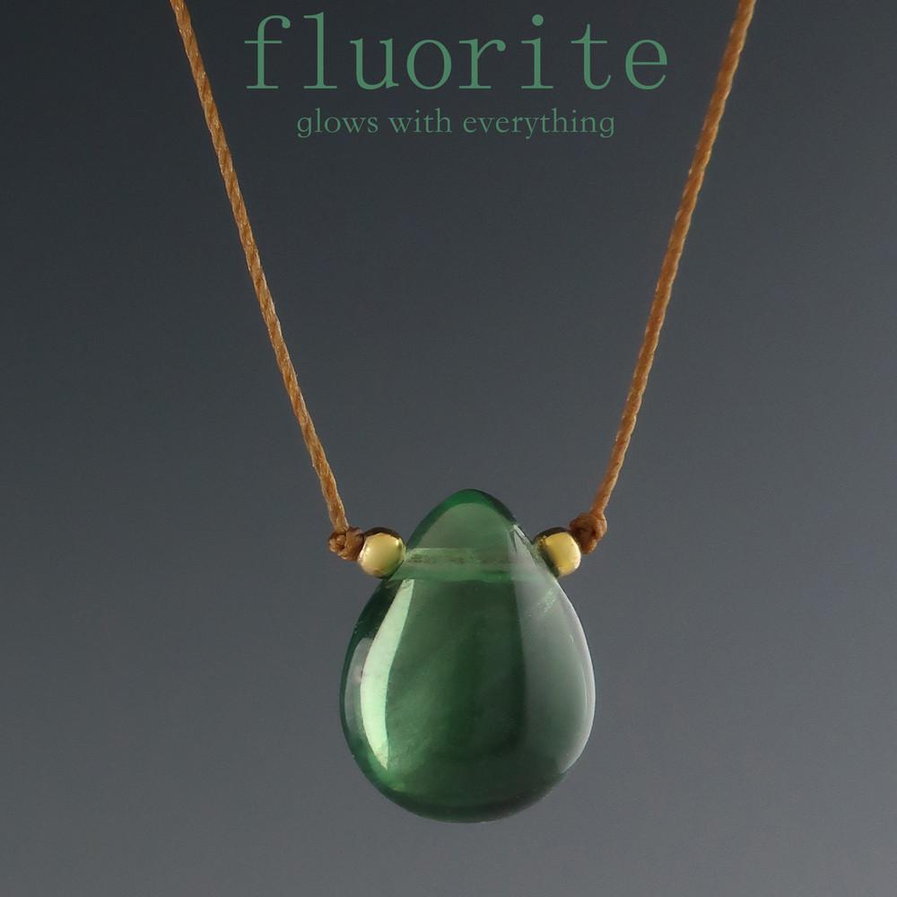 solo smooth teardrop - fluorite (dark) 8c