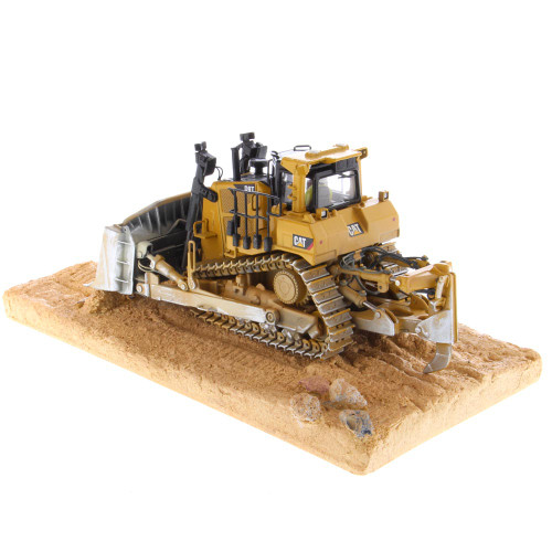 Diecast Masters Caterpillar D9T Weathered Track Type Tractor Weathering 1/50 Scale 85702