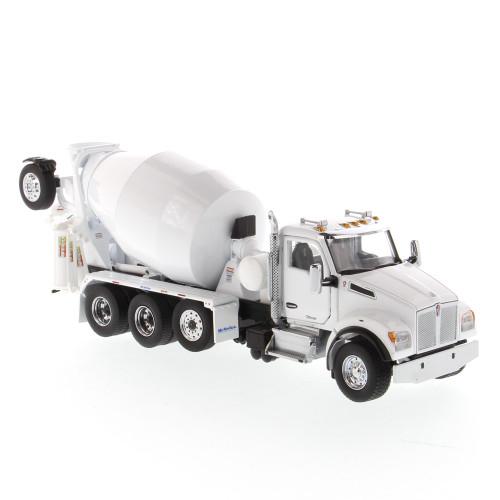 Pre-Order Diecast Masters Kenworth T880 SBFA Tandem w/Mixer - Pearl White 1:50 71081