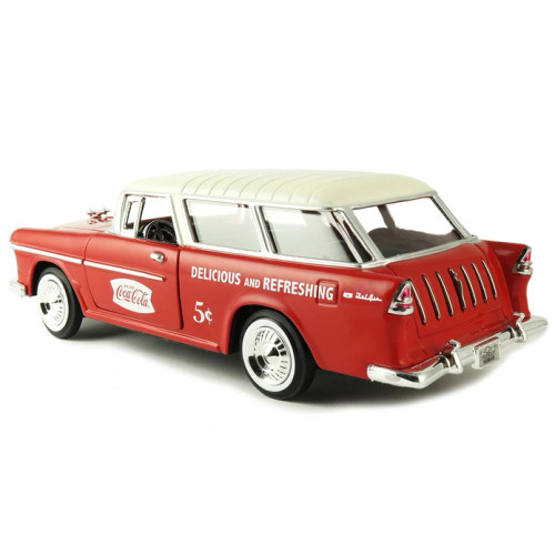 Coca-Cola Coke 1955 Chevy Nomad with Metal Handcart and 2 Bottle Cases 1:24