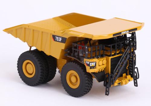 Diecast Masters Caterpillar 793F Mining Truck 1/125