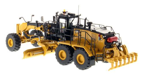 Diecast Masters Caterpillar 18M3 Motor Grader 85521 1/50 Scale