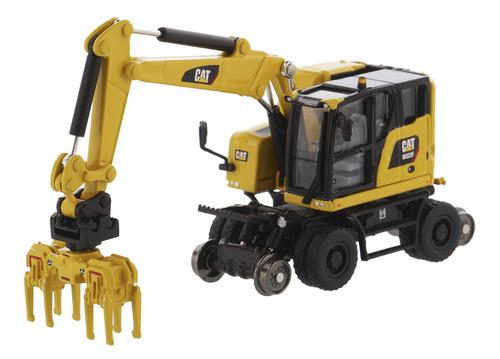 Diecast Masters Caterpillar M323F Railroad Wheeled Excavator with 3 Accessories 1/87 85612
