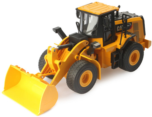 Diecast Masters RC Caterpillar CAT 950M Wheel Loader 1:24 Scale Radio Control Model