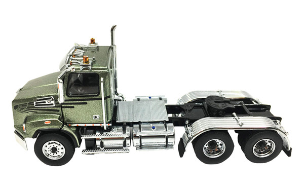 Diecast Masters Western Star 4700 SF Tandem Day Cab in Metallic Olive Green 1/50 71038