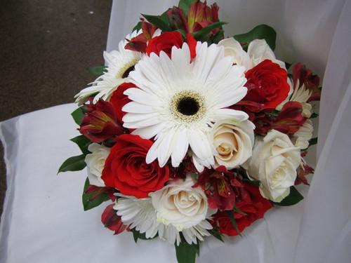 Roses & Gerberas Bouquet