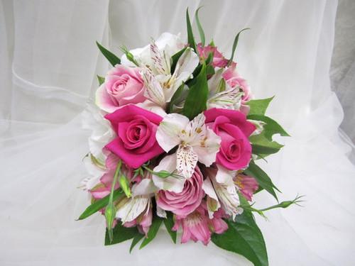 Pink Roses & Alstromeria