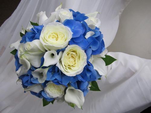 Calla Lilies, Roses, & Hydrangea Bouquet