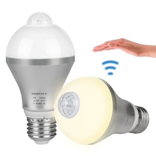 Motion Sensor Light Bulb, Hinmay 9W Motion Activated LED Bulb E26/E27 Motion Detection Outdoor/Indoor LED Night Light Bulbs for Stairs Corridor Basement Hallway Yard Hallway, Warm White