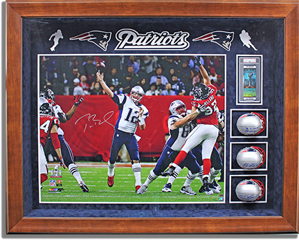 tom-brady-mini-helmet-shadow-box-res72-6x4.jpg
