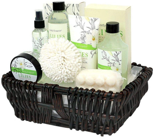 BODY and EARTH Bath Lilies Gift for Women in Hand Woven Basket - 10pc