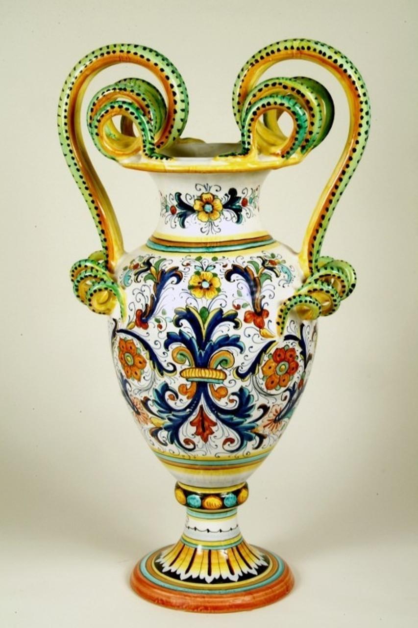Planters, Urns, Amphora's & Cachepots
