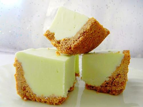 Key Lime Pie w/Graham Cracker Crust Fudge - One Dozen