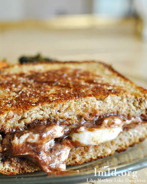 Nutella Carmalized Grilled Goat Cheese Sandwich - (Free Recipe below)