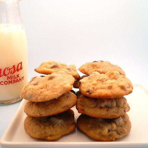 Banana Walnut Cookies - One Dozen