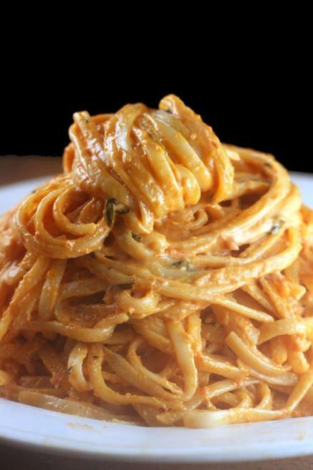Creamy Tomato Parmesan Linguine with Peas and Prosciutto Tomato Alfredo - (Free Recipe below)