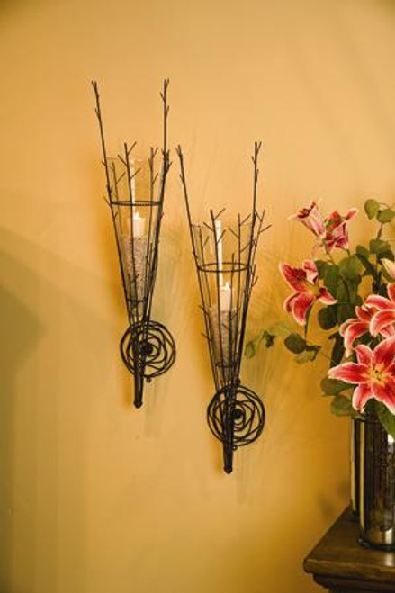 Wild Wire Wall Vase with Glass Cone