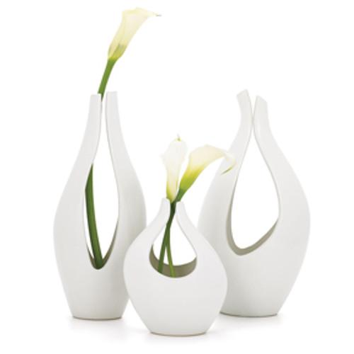 Kira Vase Collection - Black or White