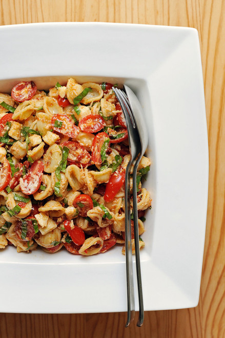 Sun-Dried-Tomato Pasta Salad - (Free Recipe below)
