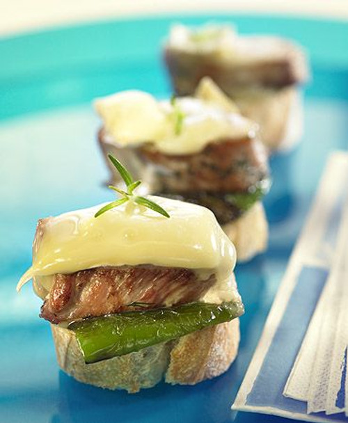 Brie, Pork, and Green Pepper Crostinis - (Free Recipe below)