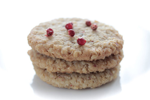 Rosemary Pink Peppercorn Biscuit Cookies - 8 Included