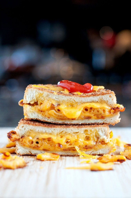 Mac & Cheese Grilled Cheese - (Free Recipe below)