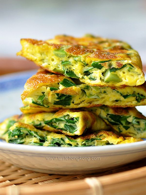 Fried Eggs with Chinese Chives, a Simple Savory Omelet - (Free Recipe below)