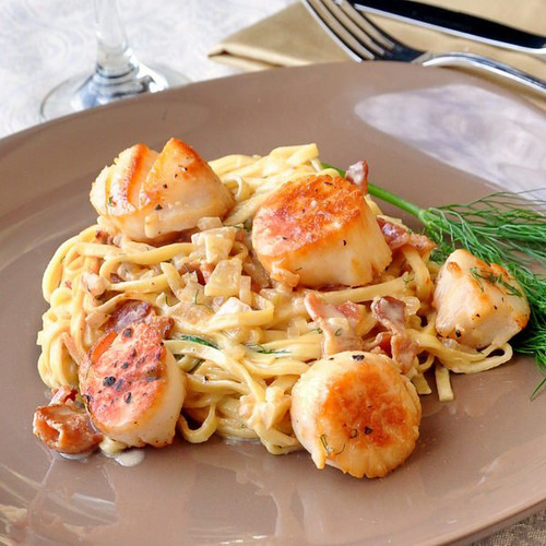Pan Seared Scallops with Fettuccine in Bacon Fennel Cream Sauce - (Free Recipe below)