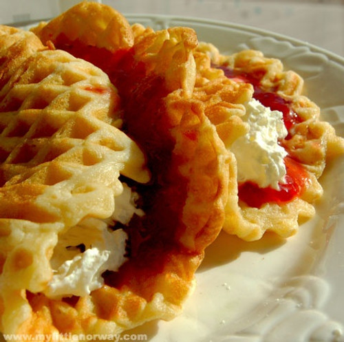 Norwegian Waffles Vafler - (Free Recipe below)
