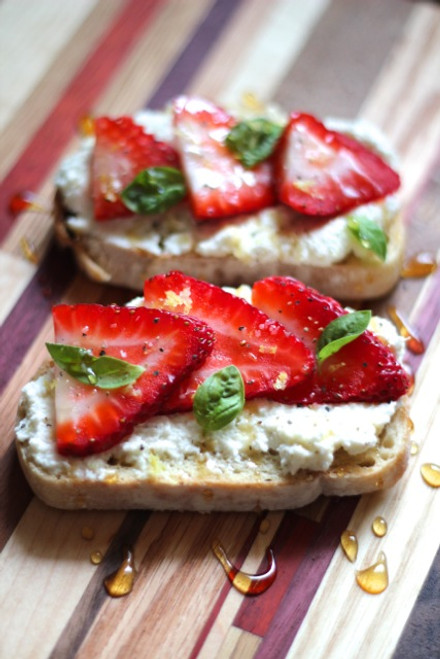 Ricotta Toasts with Strawberries, Basil & Honey - (Free Recipe below)