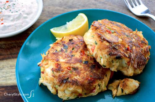 Jumbo Lump Crabcakes - (Free Recipe below)
