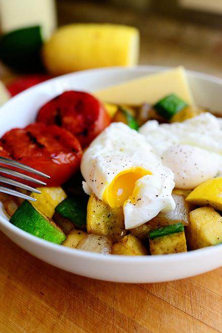 Healthy Breakfast Bowl - (Free Recipe below)
