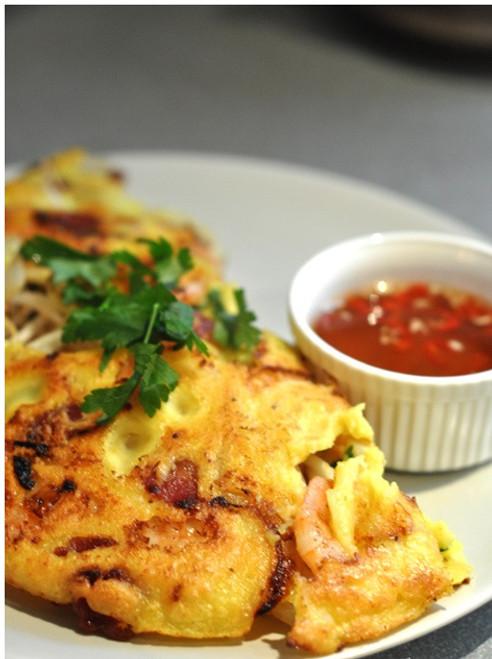 Vietnamese Pancakes  BANH XEO - (Free Recipe below)
