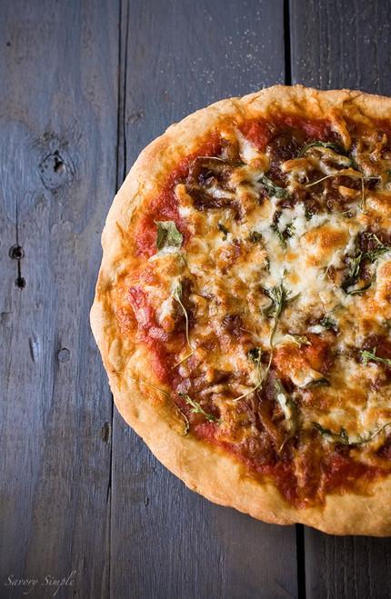 Caramelized Onion Arugula Pizza - (Free Recipe below)