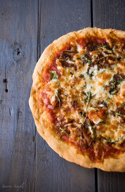 Caramelized Onion Arugula Pizza - (Free Recipe below)